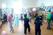 Zabawa-z-balonami
